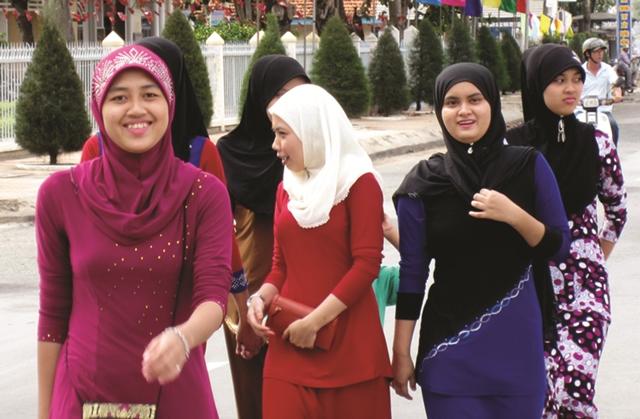 An Giang: Người Chăm vui đón tết Roya Haji